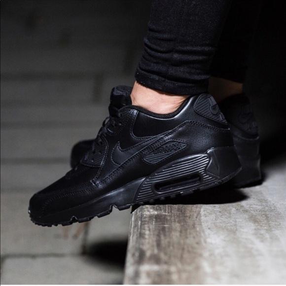 Details about Nike Air Max 90 Leather Triple Plain Black